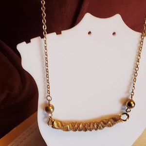 "16"" Gold Tone Spring Pendant Necklace Simple Style"
